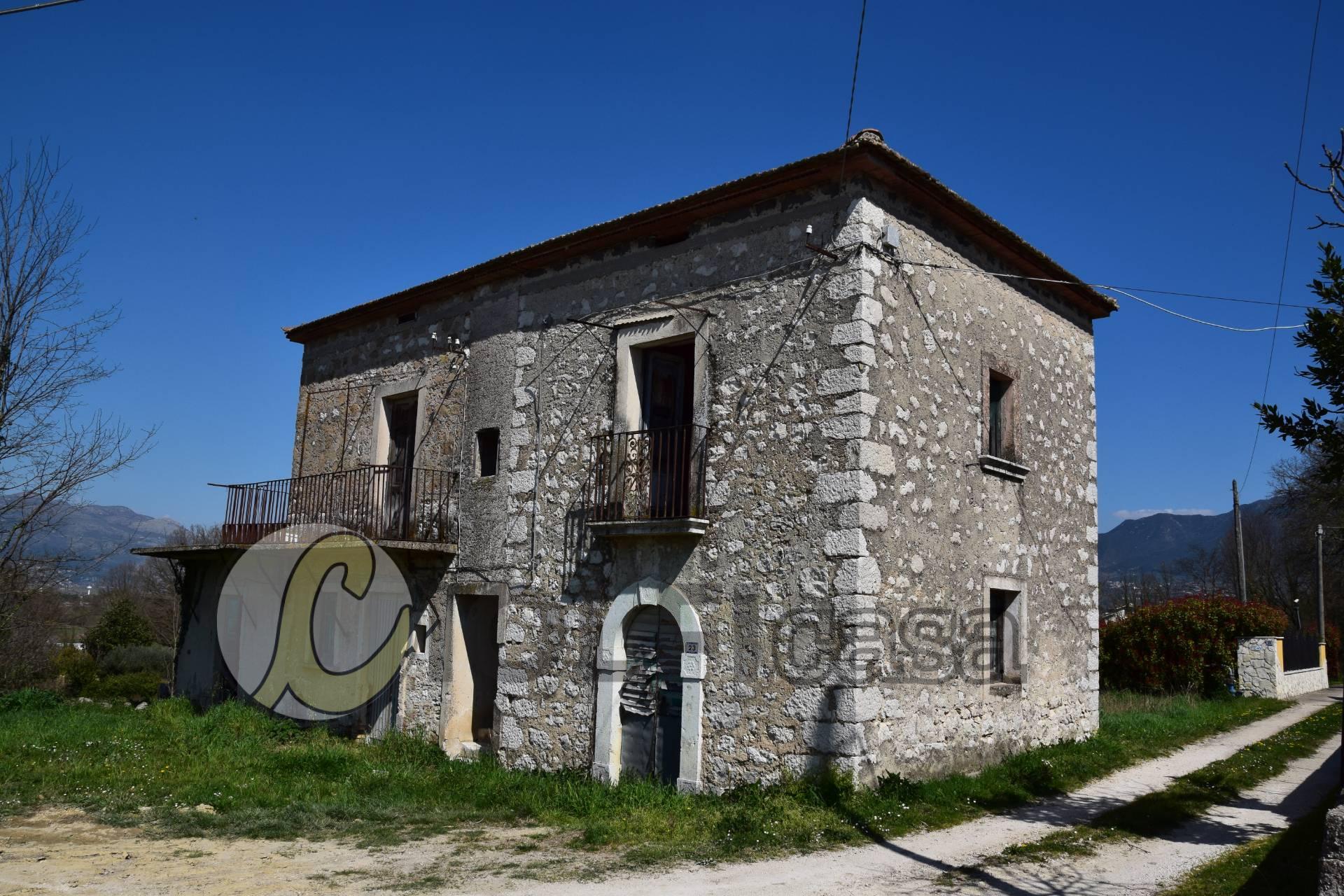 Soluzione Indipendente in vendita a Cervaro, 5 locali, zona Località: Foresta, prezzo € 63.000 | CambioCasa.it
