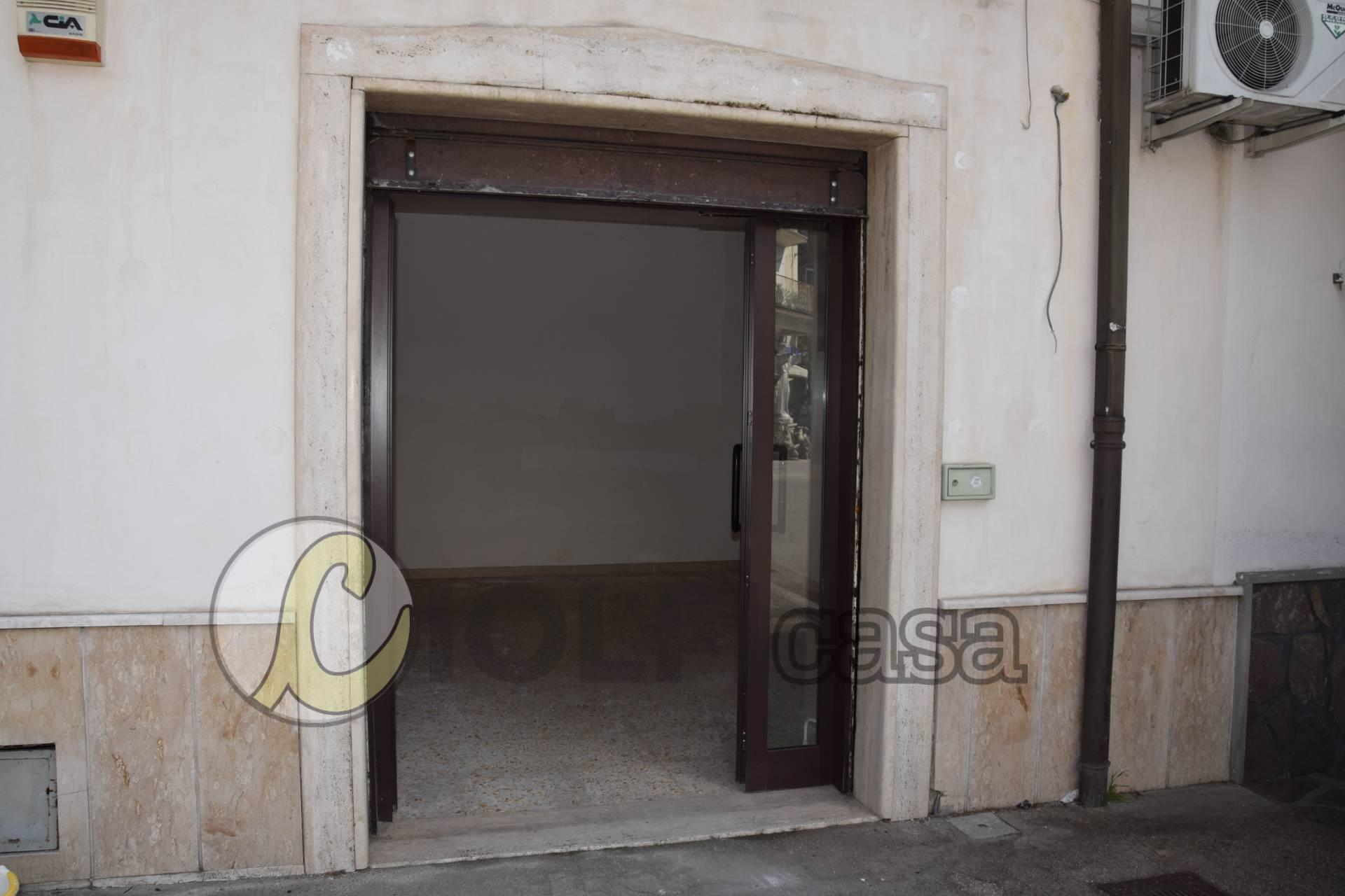 Negozio / Locale in affitto a Cassino, 9999 locali, prezzo € 290 | CambioCasa.it