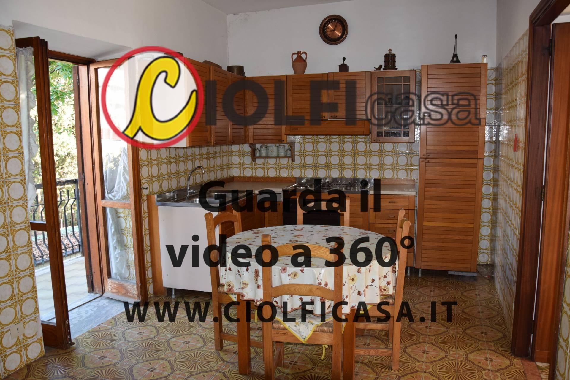 Appartamento in vendita a Cassino, 3 locali, zona Località: SanGiovanni, prezzo € 65.000   CambioCasa.it