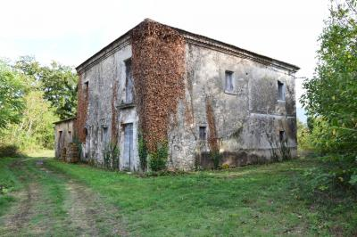 Casa singola in Vendita a Pignataro Interamna