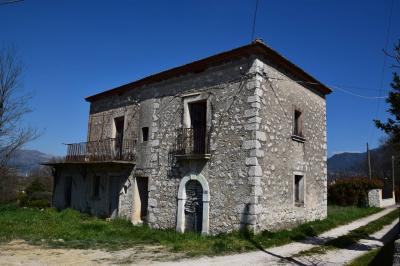 Casa singola in Vendita a Cervaro