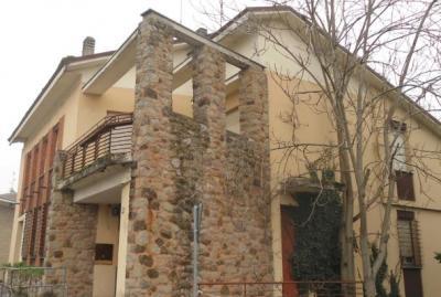 Stabile/Palazzo in Vendita a San Prospero