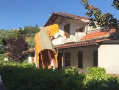 Villa in Vendita a Chieti