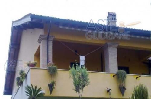 Porzione di casa in Vendita a Pomezia