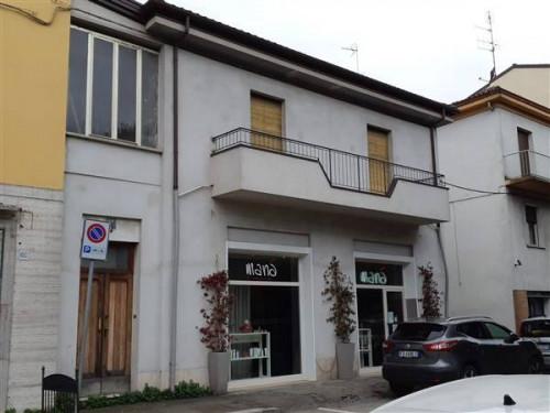 Locale commerciale in Vendita a Faenza