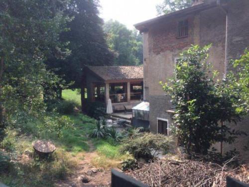 Casa singola in Vendita a Besano