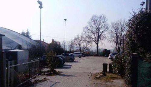 Locale commerciale in Vendita a Varese