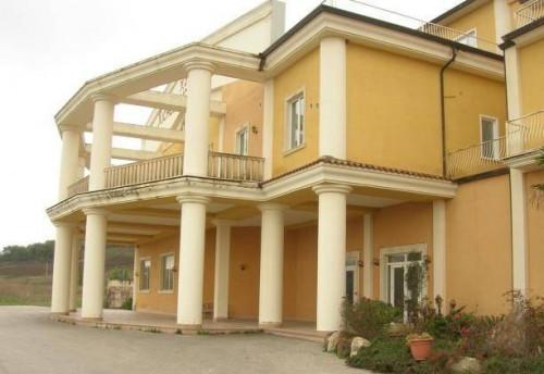 Albergo/Hotel in Vendita a Aquilonia