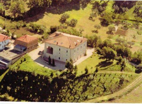 Stabile/Palazzo in Vendita a Chieti