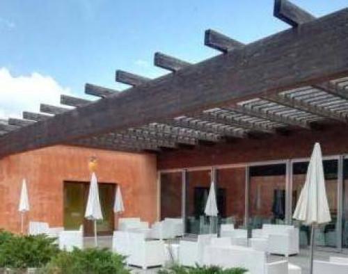 Albergo/Hotel in Vendita a L'Aquila