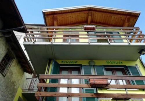 Porzione di casa in Vendita a Traona