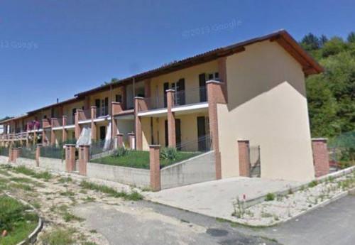 Stabile/Palazzo in Vendita a Ferrere