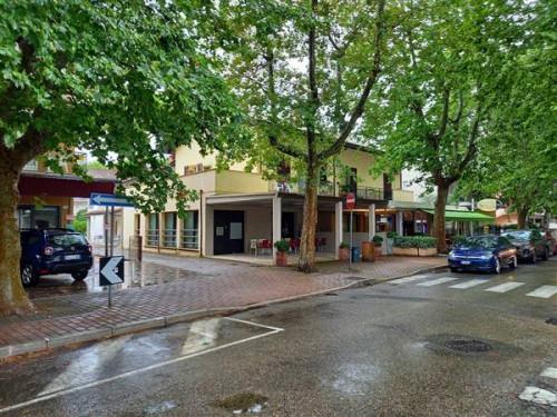 Locale commerciale in Vendita a Cervia