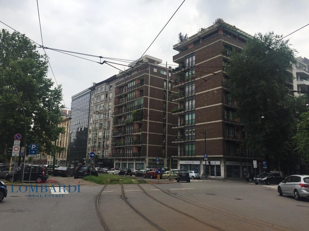 vendita appartamento milano sempione  649000 euro  4 locali  147 mq