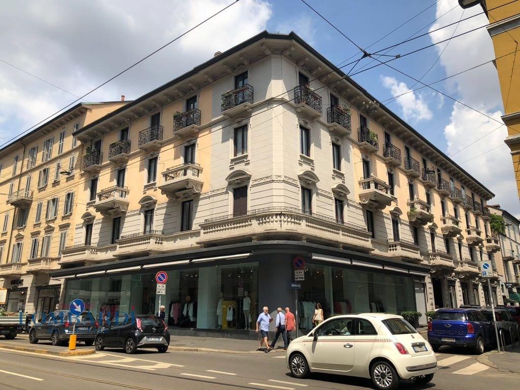 vendita appartamento milano vercelli.  550000 euro  2 locali  65 mq