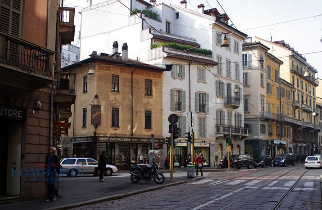 Negozio in affitto a Milano in Via San Giovanni Sul Muro