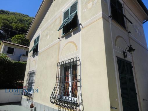 Villa in vendita a Leivi, 4 locali, prezzo € 350.000 | CambioCasa.it
