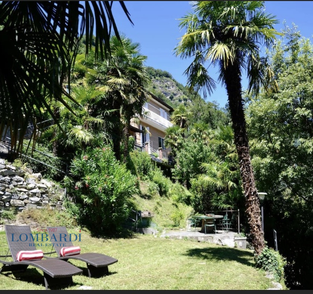 Villa in affitto a Moltrasio, 6 locali, prezzo € 4.500 | CambioCasa.it