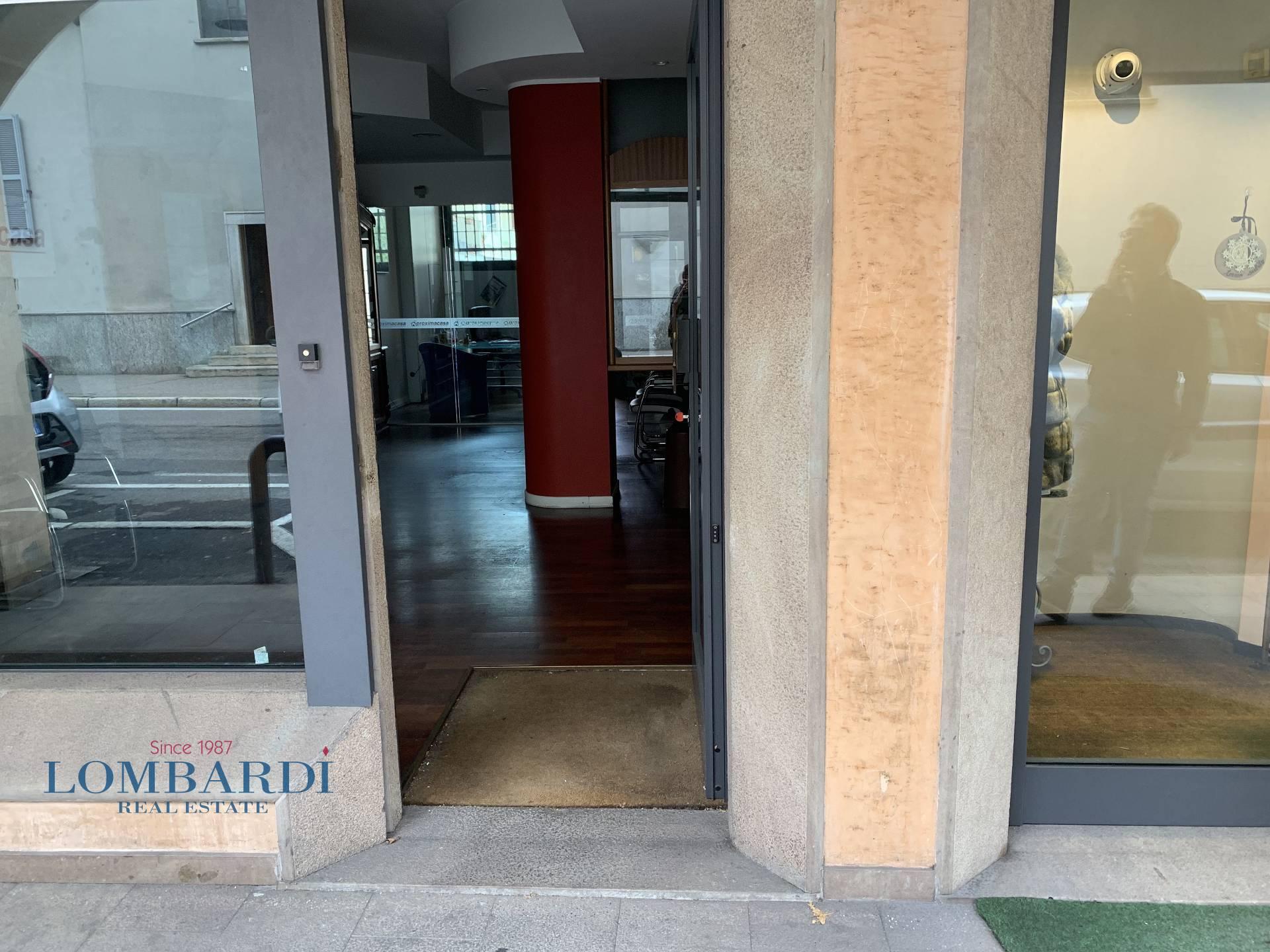 Negozio / Locale in affitto a Seveso, 9999 locali, prezzo € 800 | CambioCasa.it