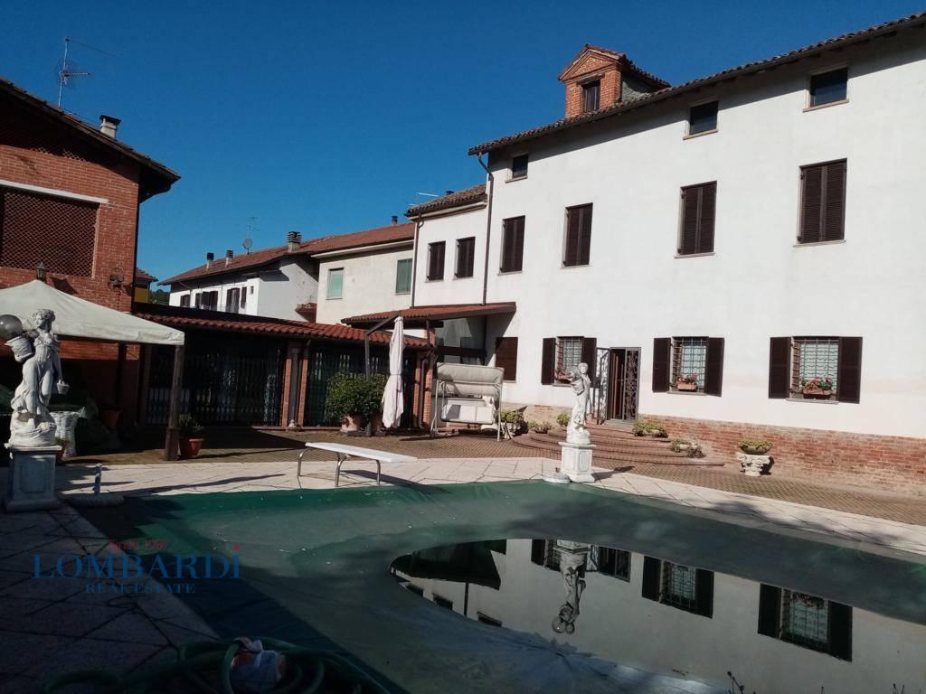Villa in vendita a Cassine, 24 locali, prezzo € 470.000 | CambioCasa.it