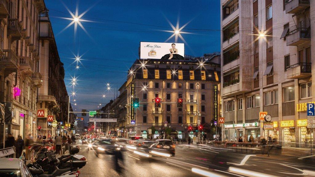 Negozio in affitto a Milano in Corso Buenos Aires