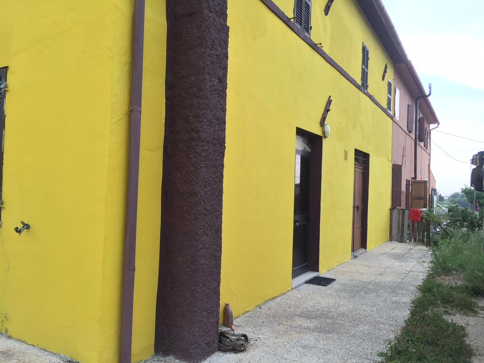 Soluzione Indipendente in vendita a Montemarciano, 9 locali, prezzo € 110.000 | CambioCasa.it