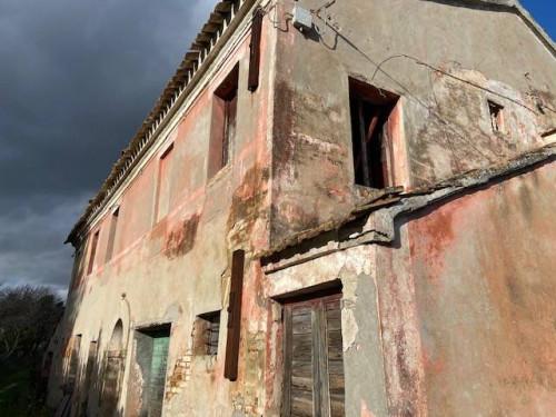 Rustico in Vendita a Belvedere Ostrense