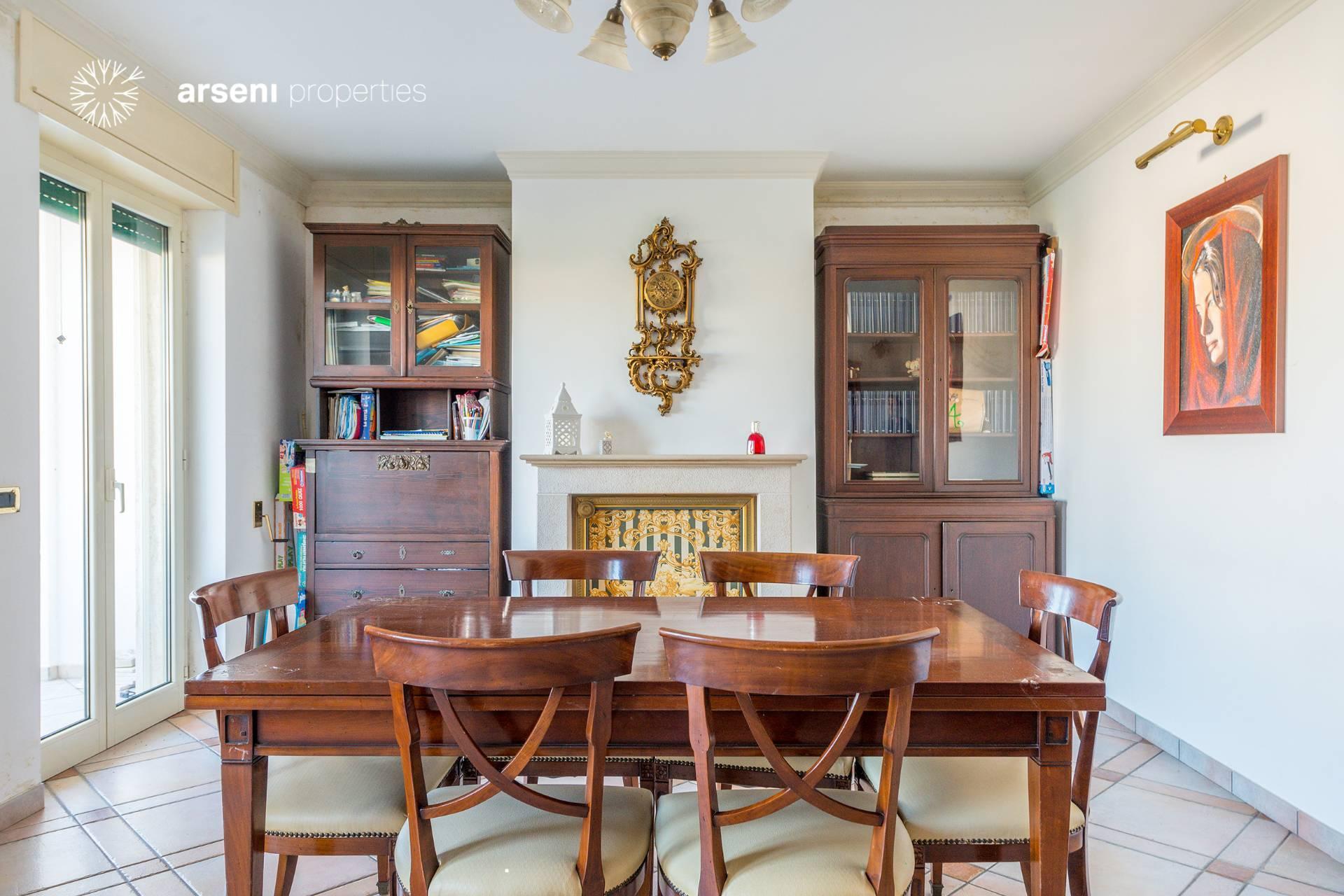 Appartamento in vendita a Botrugno, 6 locali, prezzo € 135.000 | PortaleAgenzieImmobiliari.it