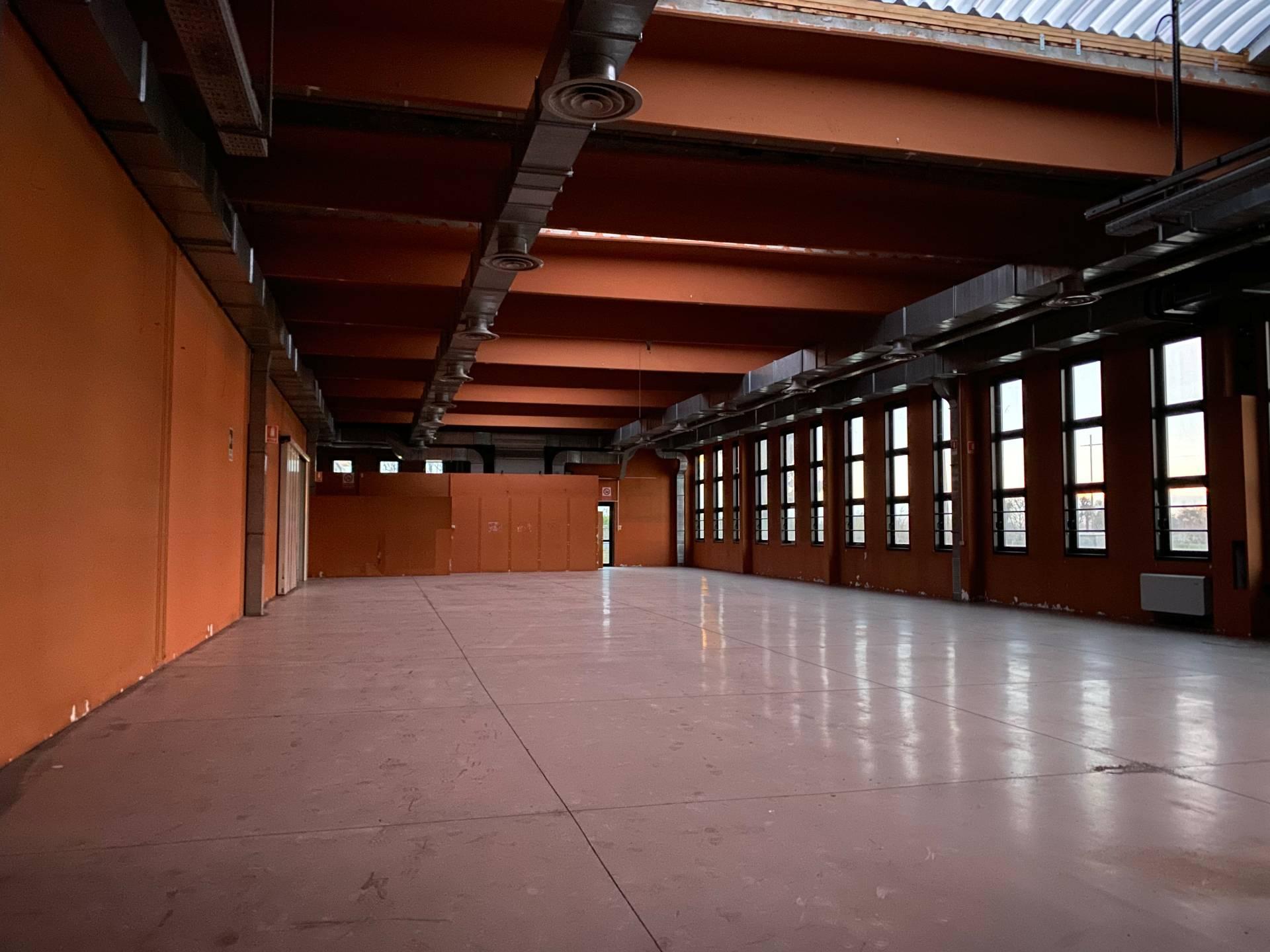 Negozio / Locale in affitto a Riese Pio X, 9999 locali, zona Zona: Vallà, prezzo € 2.800 | CambioCasa.it
