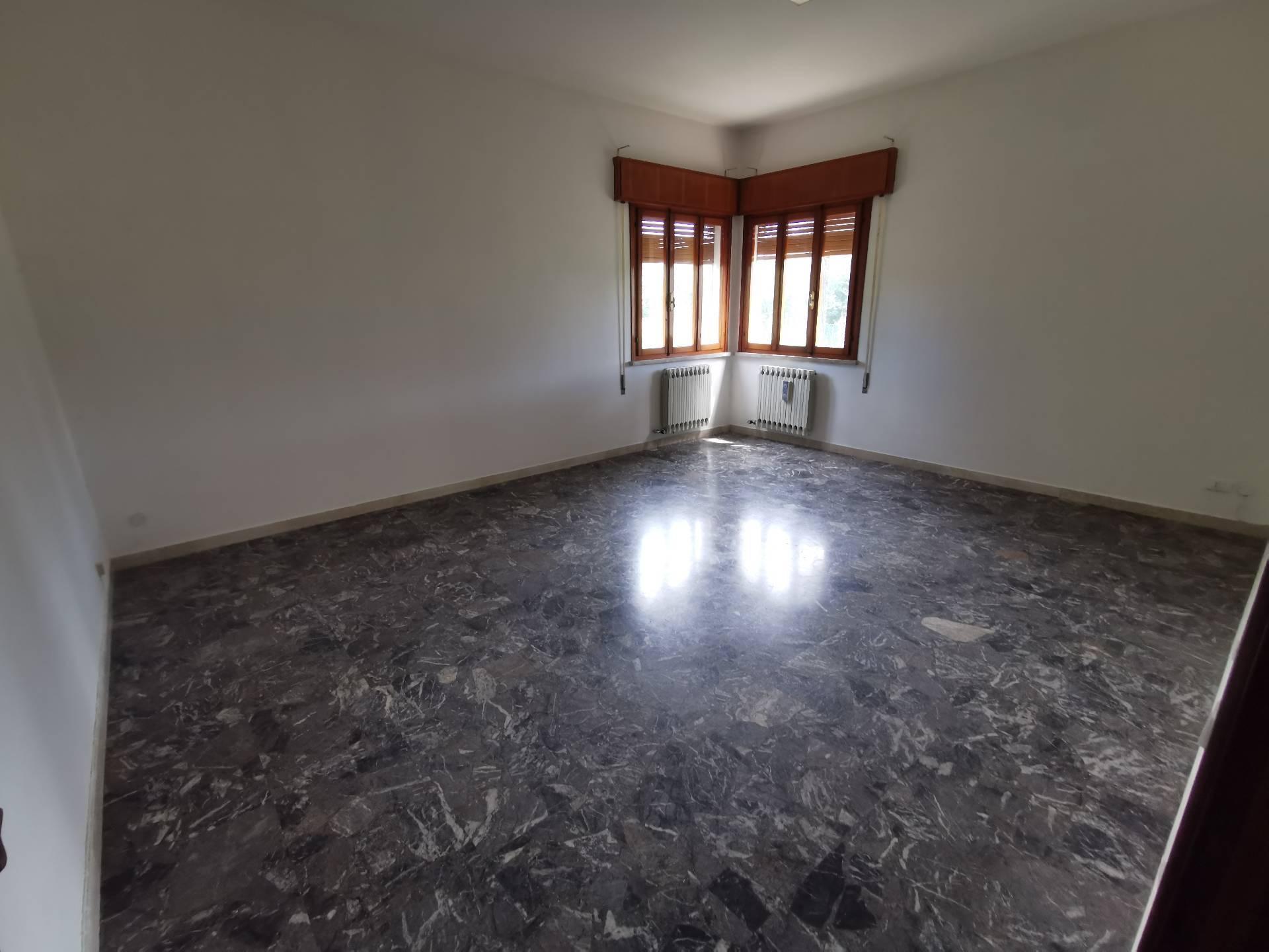 Ufficio / Studio in affitto a Casale sul Sile, 9999 locali, prezzo € 500 | CambioCasa.it