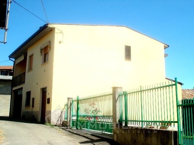 CASA INDIPENDENTE in Vendita a Lirio (PAVIA)