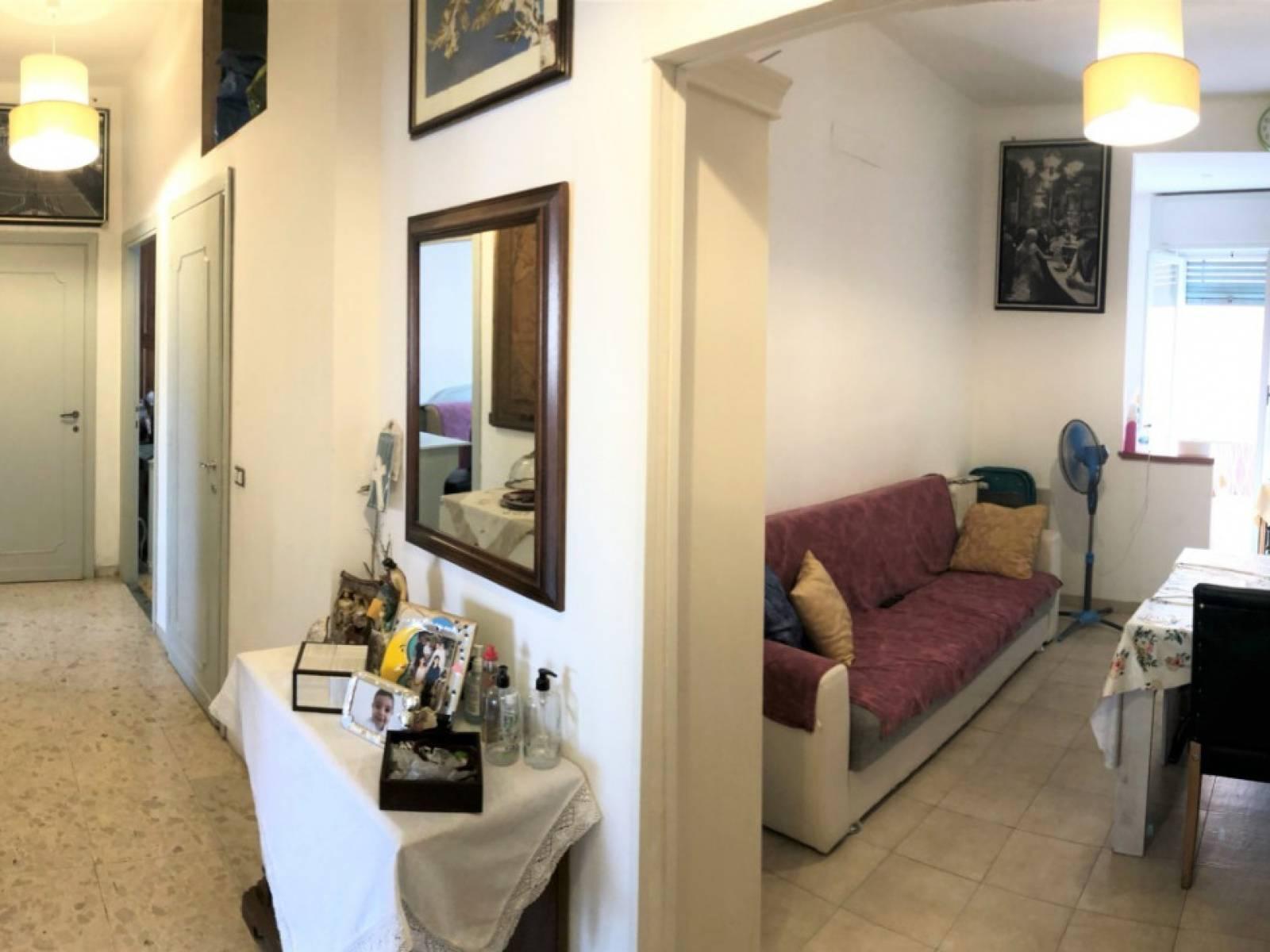 Appartamento in vendita a Roma, 4 locali, zona Zona: 30 . Prati, Borgo, San Pietro, prezzo € 370.000 | CambioCasa.it