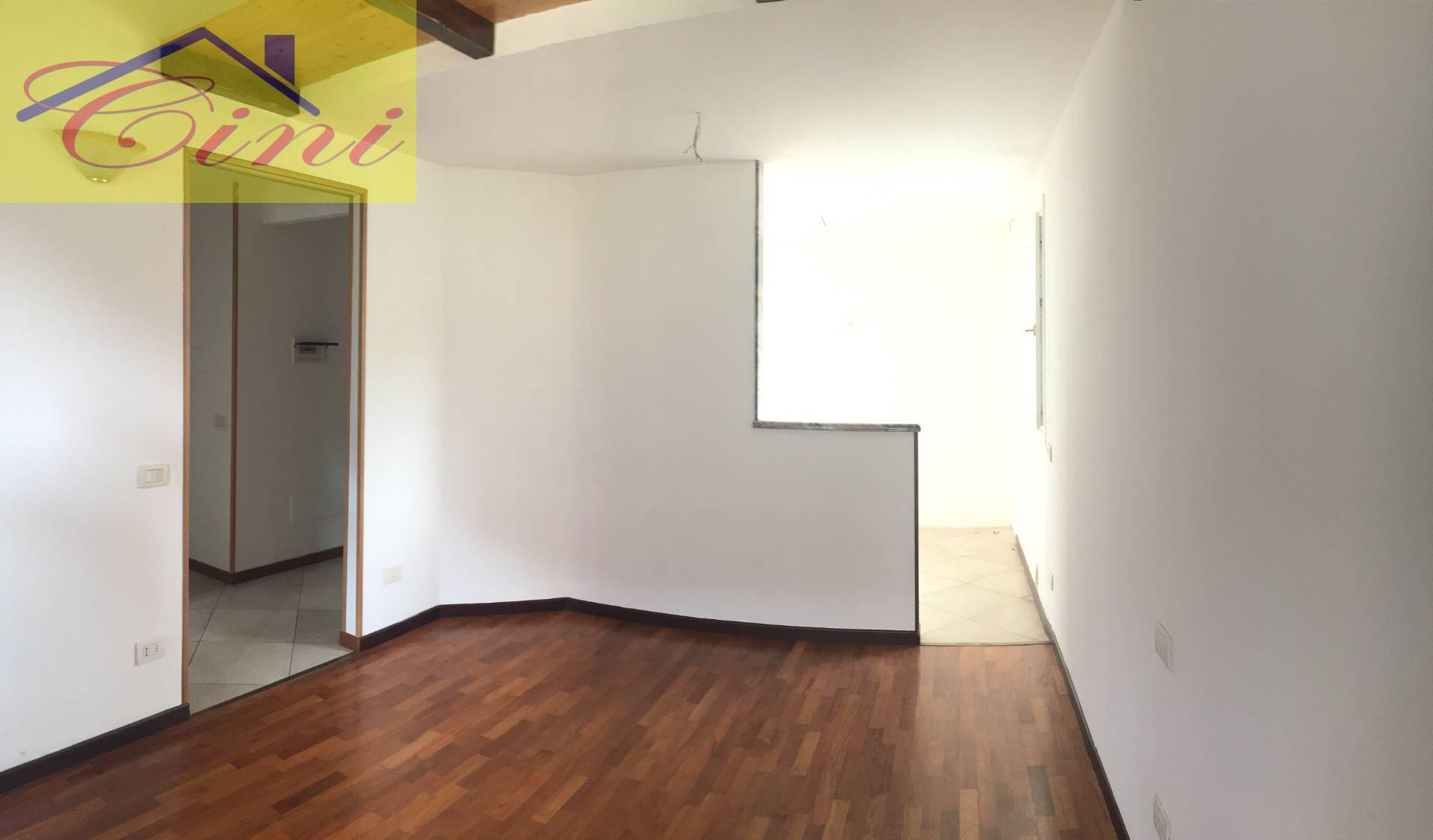 Vendita Trilocale Appartamento Cesana Brianza 173311