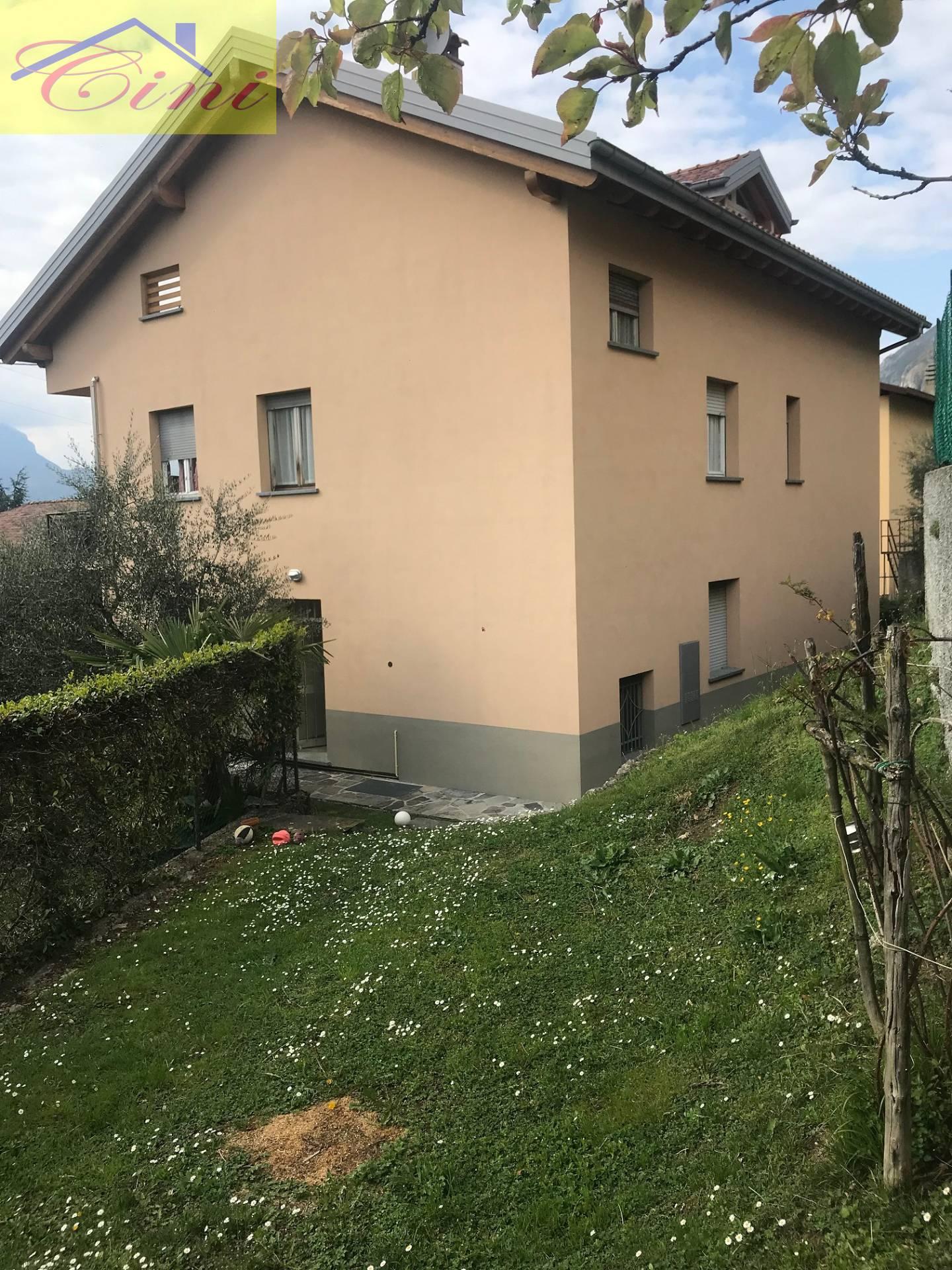 Appartamento in vendita a Lierna, 4 locali, prezzo € 230.000 | PortaleAgenzieImmobiliari.it