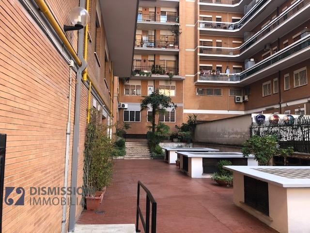 vendita appartamento roma ubaldi  360000 euro  3 locali  110 mq