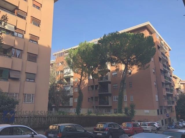 vendita appartamento roma ubaldi  399000 euro  3 locali  122 mq