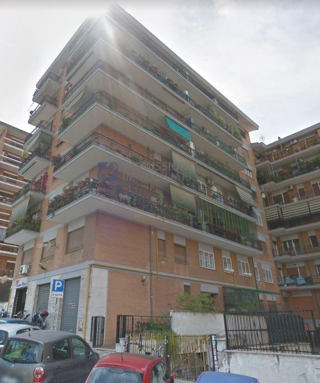 vendita appartamento roma ubaldi  249000 euro  2 locali  71 mq