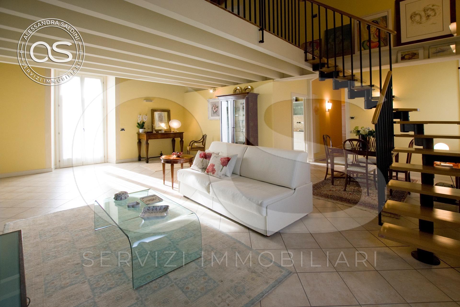 Appartamento in vendita a Manerbio, 4 locali, prezzo € 290.000 | CambioCasa.it