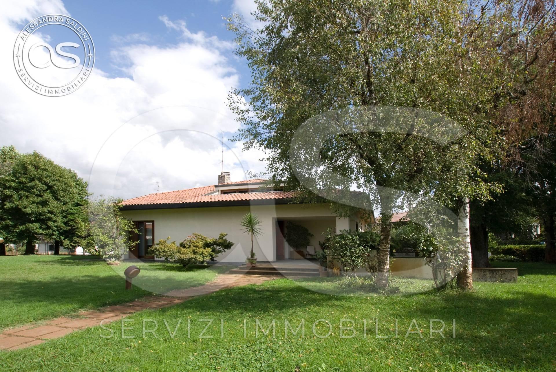 Villa in vendita a Manerbio, 6 locali, prezzo € 540.000 | CambioCasa.it