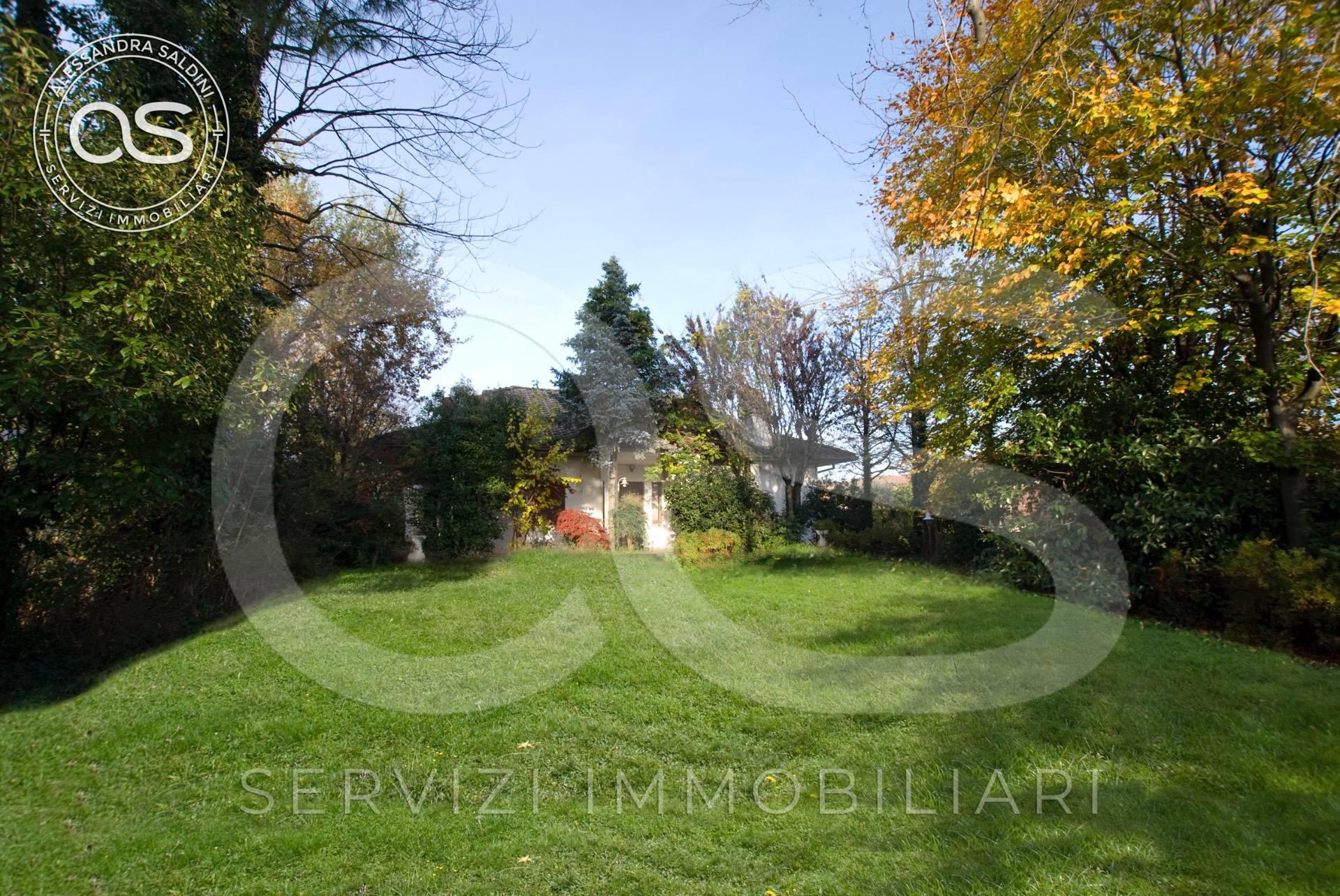 Villa in vendita a Manerbio, 8 locali, prezzo € 459.000 | CambioCasa.it