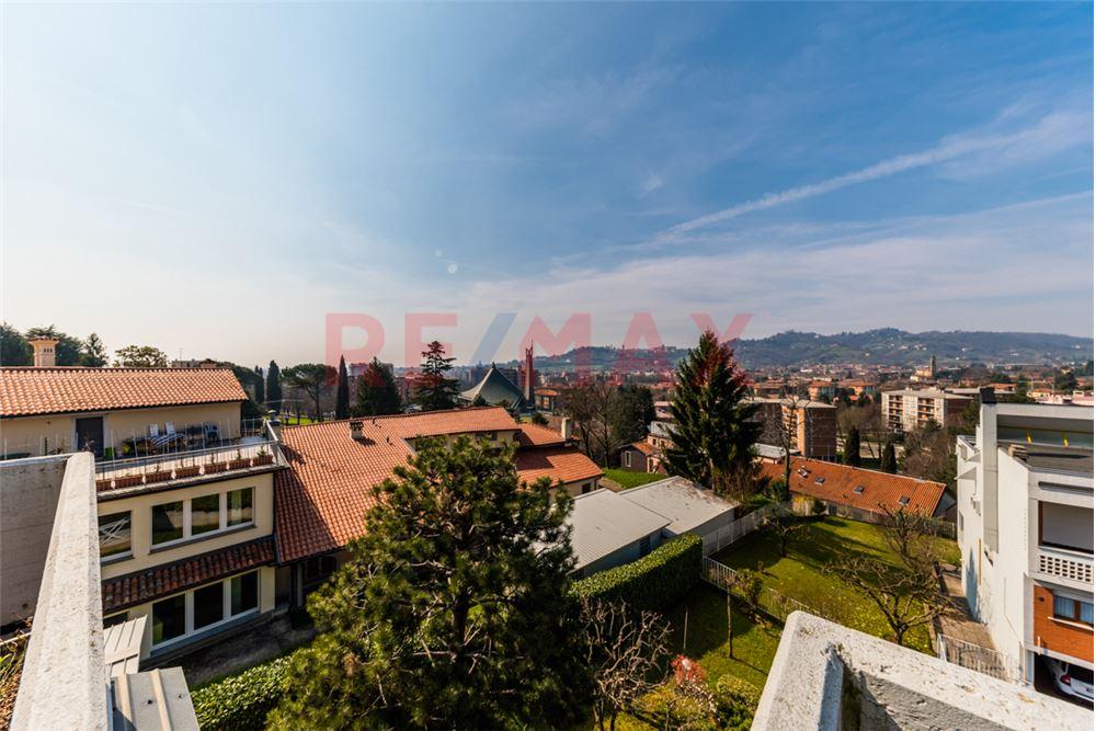 VILLETTA in Vendita a Centrale, Bergamo (BERGAMO)