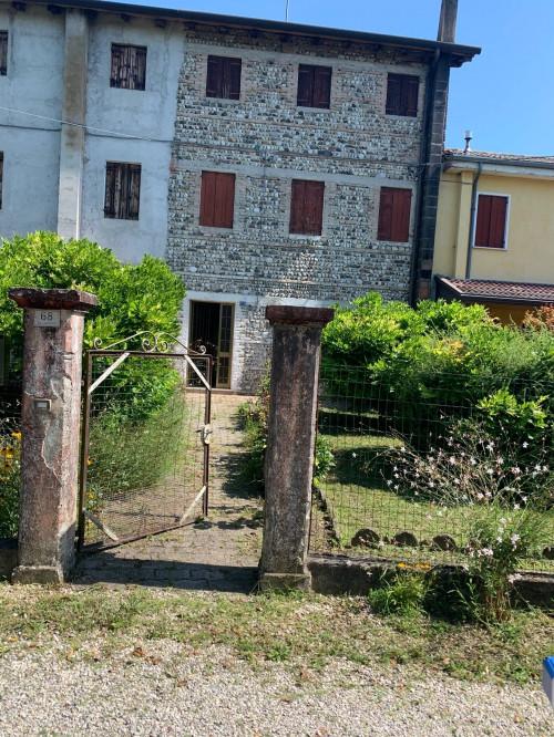 Casa a schiera in Vendita a Maserada sul Piave