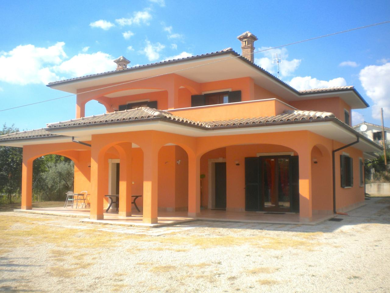Foto - Villa In Vendita  Fara In Sabina