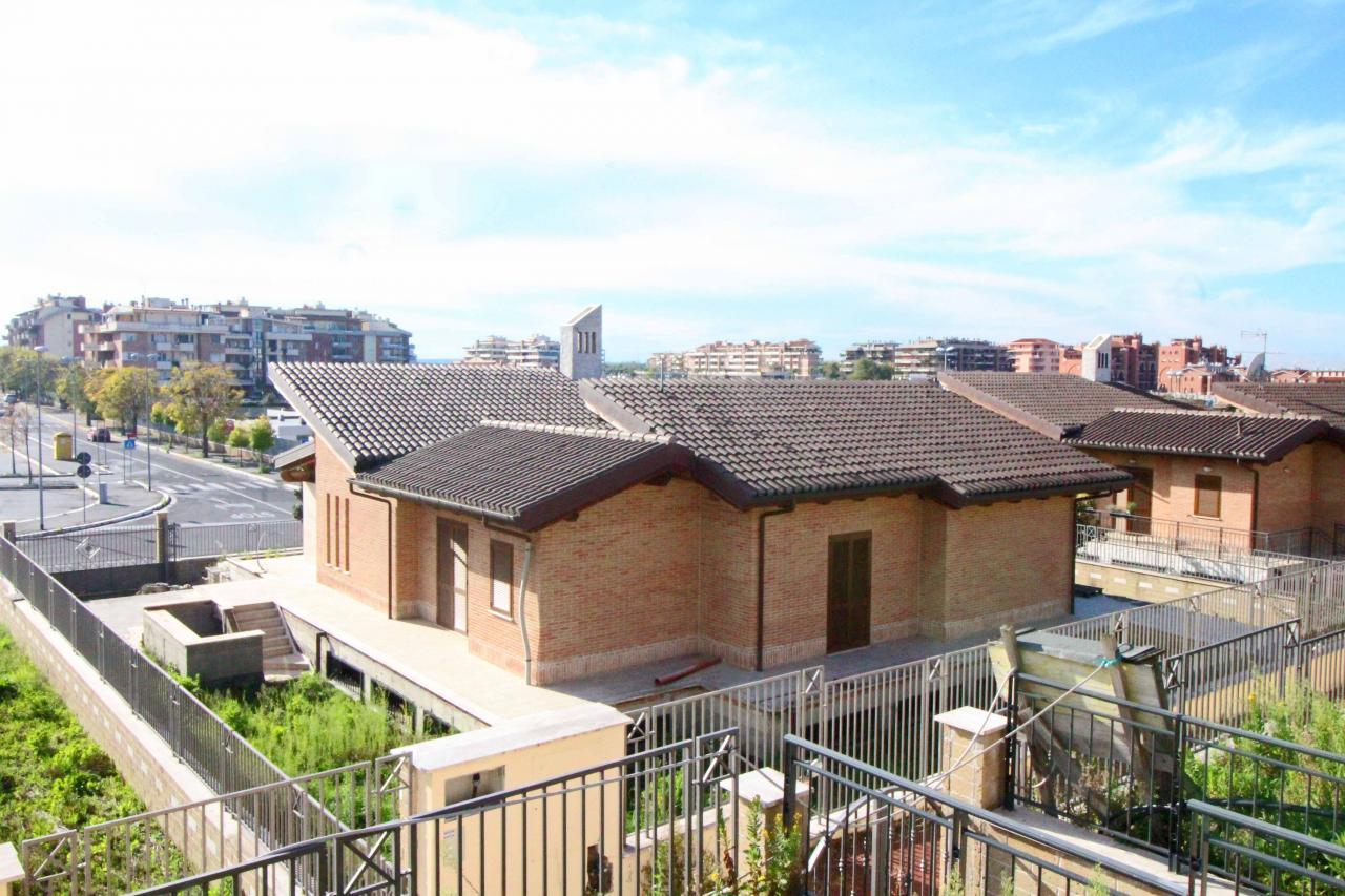 vendita villa roma eur  1200000 euro  10 locali  320 mq