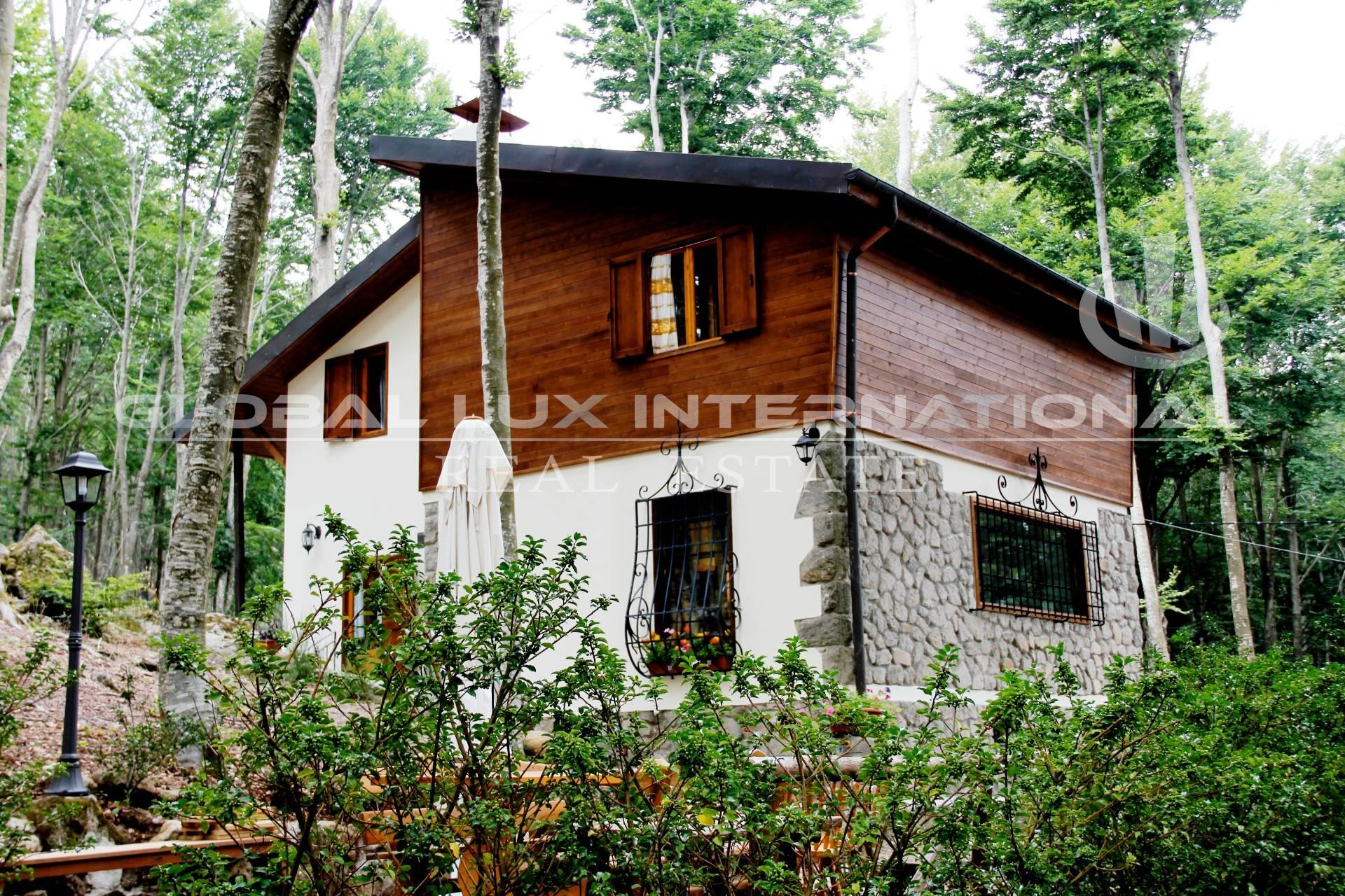 Foto - Villa In Vendita  Abbadia San Salvatore